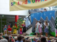 8_Kinder_Bühne